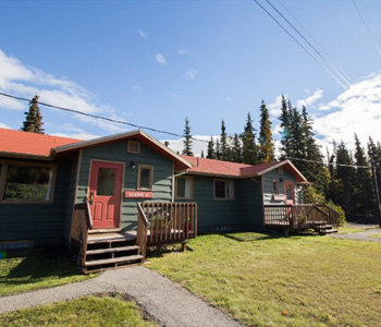 Rent a seven room cabin near Fairbanks Alaska