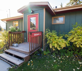 conference and family cabins for rent in Fairbanks AK Cedar a